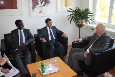 الأمين العام لوزارة الخارجية يجري سلسلة لقاءات مع مسؤولين في سلوفينيا
