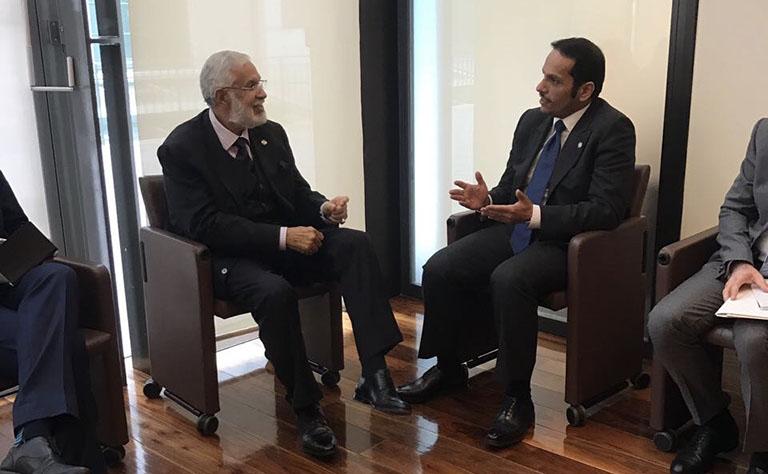سعادة وزير الخارجية يجتمع مع نظيريه الليبي والايرلندي والمبعوث الأممي للسلام بالشرق الأوسط