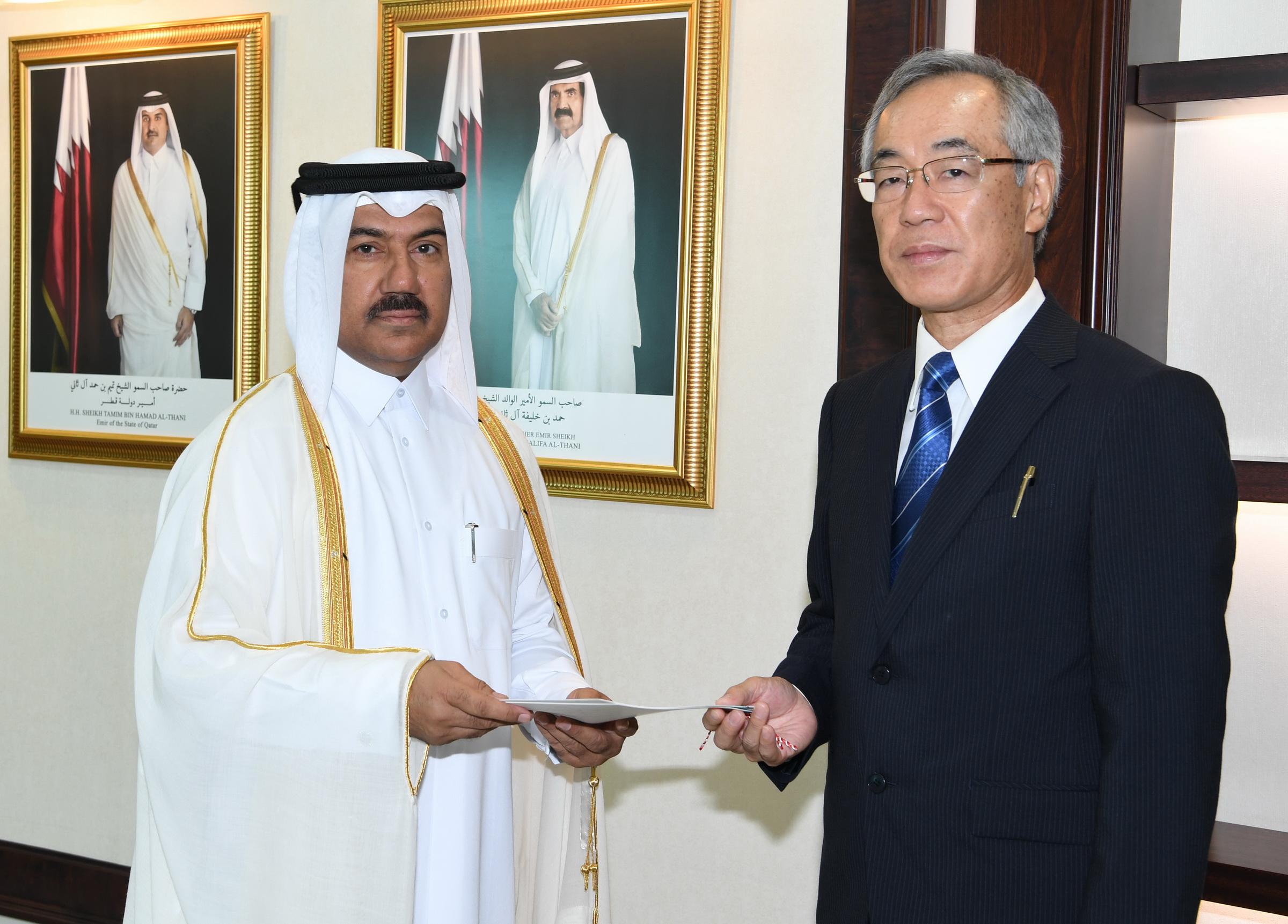 الأمين العام لوزارة الخارجية يتسلم نسخا من أوراق اعتماد عدد من السفراء