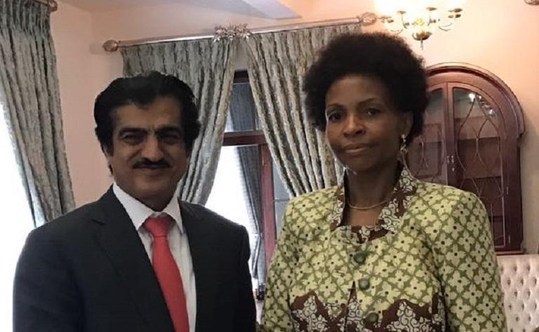 رسالة من سعادة وزير الخارجية إلى وزيرة العلاقات الدولية بجنوب إفريقيا