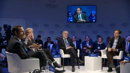 نائب رئيس مجلس الوزراء وزير الخارجية: النزاع الخليجي يعيق قدرة مجلس التعاون على المساهمة في عمليات تحقيق السلام