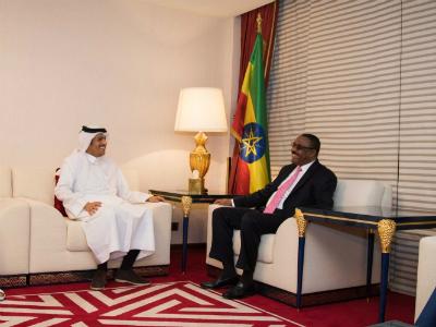 وزير الخارجية يجتمع مع رئيس الوزراء الإثيوبي