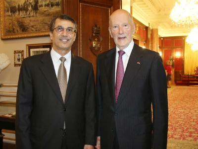 رئيس الوزراء البلغاري السابق يجتمع مع سفير قطر
