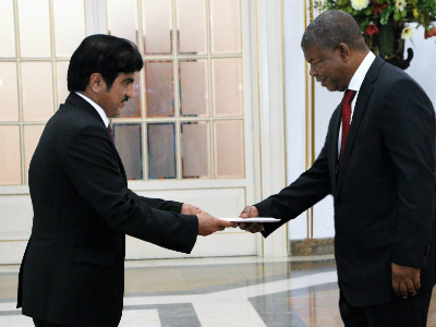 President of Angola Receives Credentials of Qatar's Ambassador