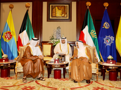 HH the Emir Sends Message to Emir of Kuwait