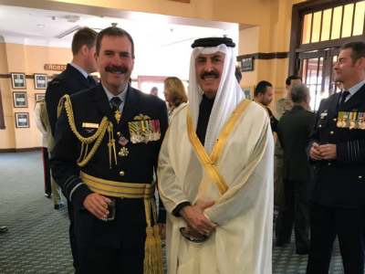سفير قطر يشهد حفل تخريج ضباط الكلية الملكية العسكرية الاسترالية