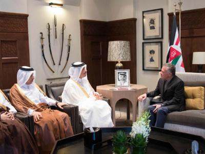 سمو الأمير يبعث برسالة شفوية إلى ملك الأردن