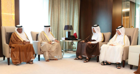 HH the Amir Receives Written Message from Custodian of the Two Holy Mosques