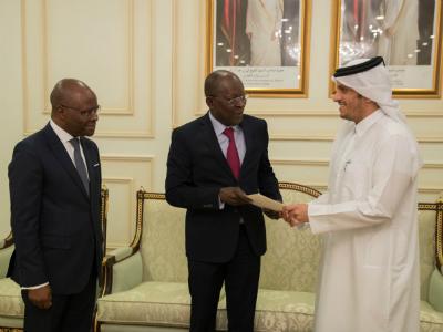 سمو الأمير يتلقى رسالة خطية من رئيس جمهورية بنين