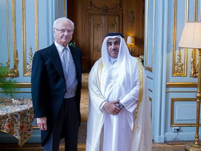 ملك السويد يستقبل سفير قطر