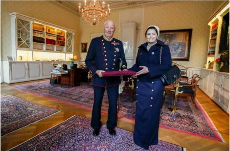ملك النرويج يتسلم أوراق اعتماد سفير دولة قطر