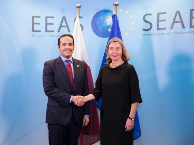 نائب رئيس مجلس الوزراء وزير الخارجية يجتمع مع الممثلة العليا للسياسة الخارجية والأمنية في الاتحاد الأوروبي