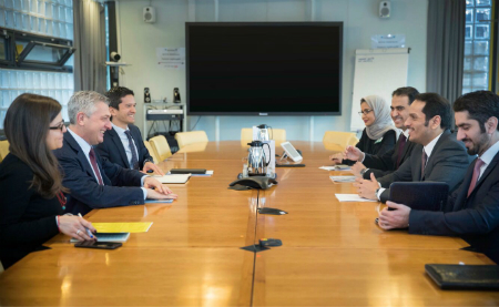 نائب رئيس مجلس الوزراء وزير الخارجية يجتمع مع المفوض السامي للأمم المتحدة لشؤون اللاجئين