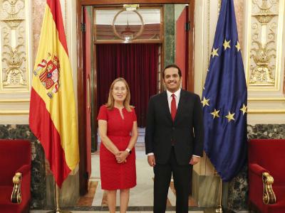 نائب رئيس مجلس الوزراء وزير الخارجية يجتمع مع رئيسة مجلس النواب الإسباني