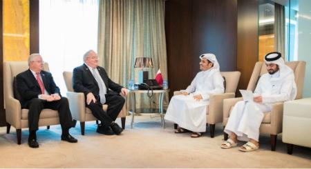 نائب رئيس مجلس الوزراء وزير الخارجية يجتمع مع عضوين بالكونغرس الأمريكي