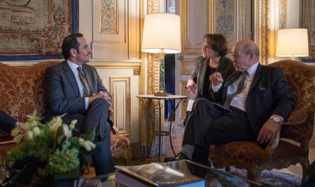 نائب رئيس مجلس الوزراء وزير الخارجية يجتمع مع وزير الخارجية الفرنسي