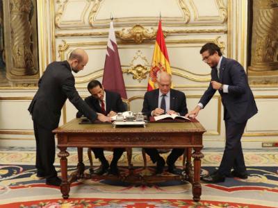 نائب رئيس مجلس الوزراء وزير الخارجية يجتمع مع وزير الخارجية والاتحاد الأوروبي والتعاون الإسباني