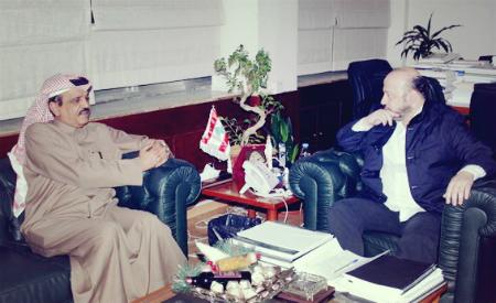 وزير الاعلام اللبناني يجتمع مع سفير قطر