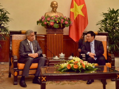 HE Minister of State for Foreign Affairs Meets Vietnam Deputy Prime Minister