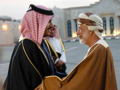 الوزير المسؤول عن الشؤون الخارجية بسلطنة عمان يصل إلى الدوحة