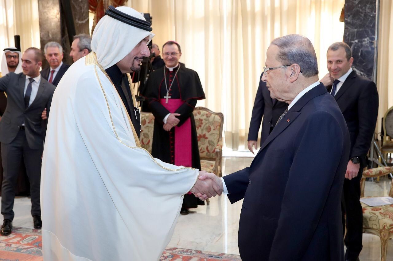 الرئيس اللبناني يستقبل سفير قطر
