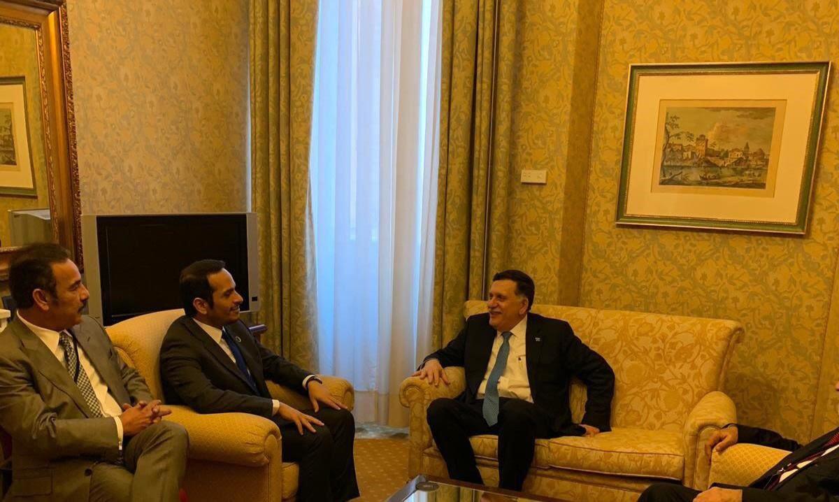 نائب رئيس مجلس الوزراء وزير الخارجية يجتمع مع رئيسي المجلس الرئاسي والأعلى للدولة في ليبيا