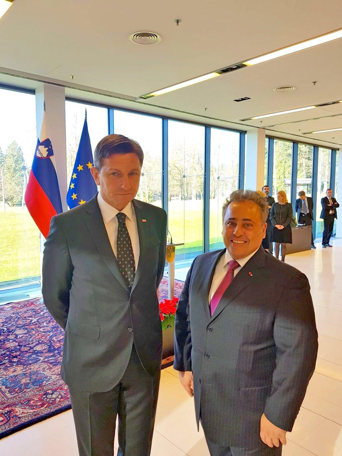 الرئيس السلوفيني يستقبل سفير قطر