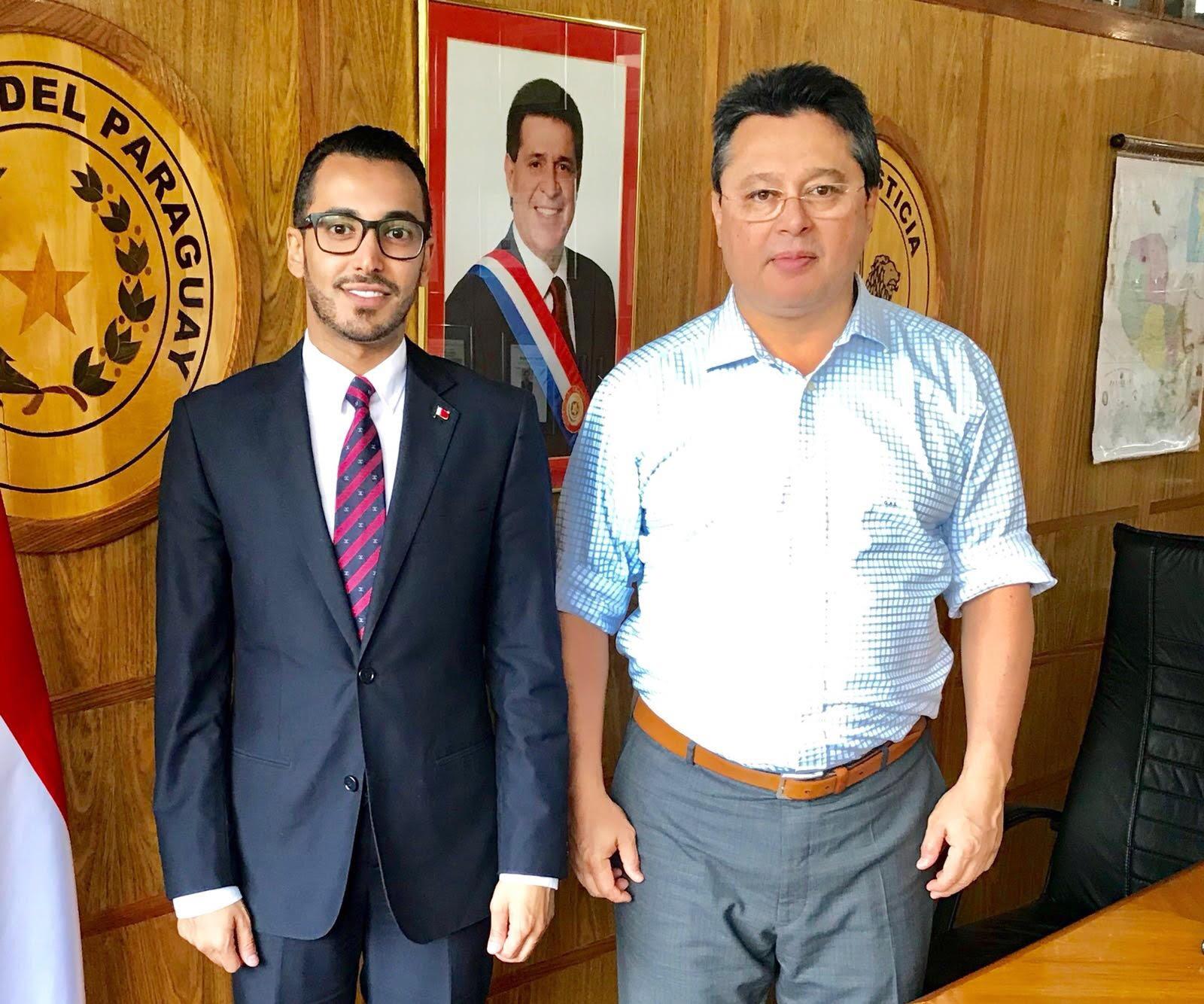 وزير التجارة في الباراغواي يجتمع مع القائم بالأعمال القطري