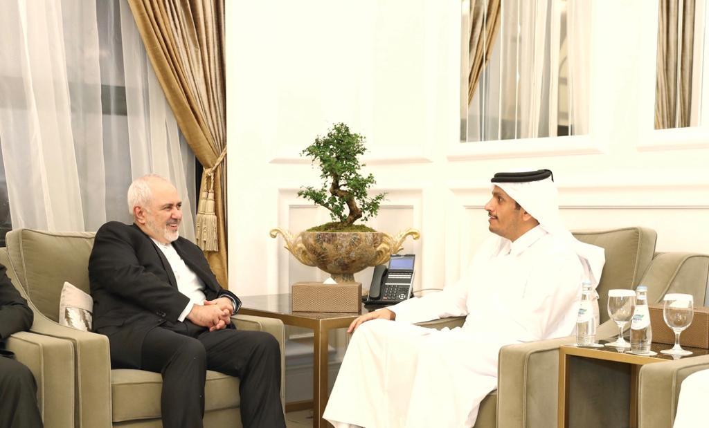 نائب رئيس مجلس الوزراء وزير الخارجية يلتقي وزير الخارجية الإيراني