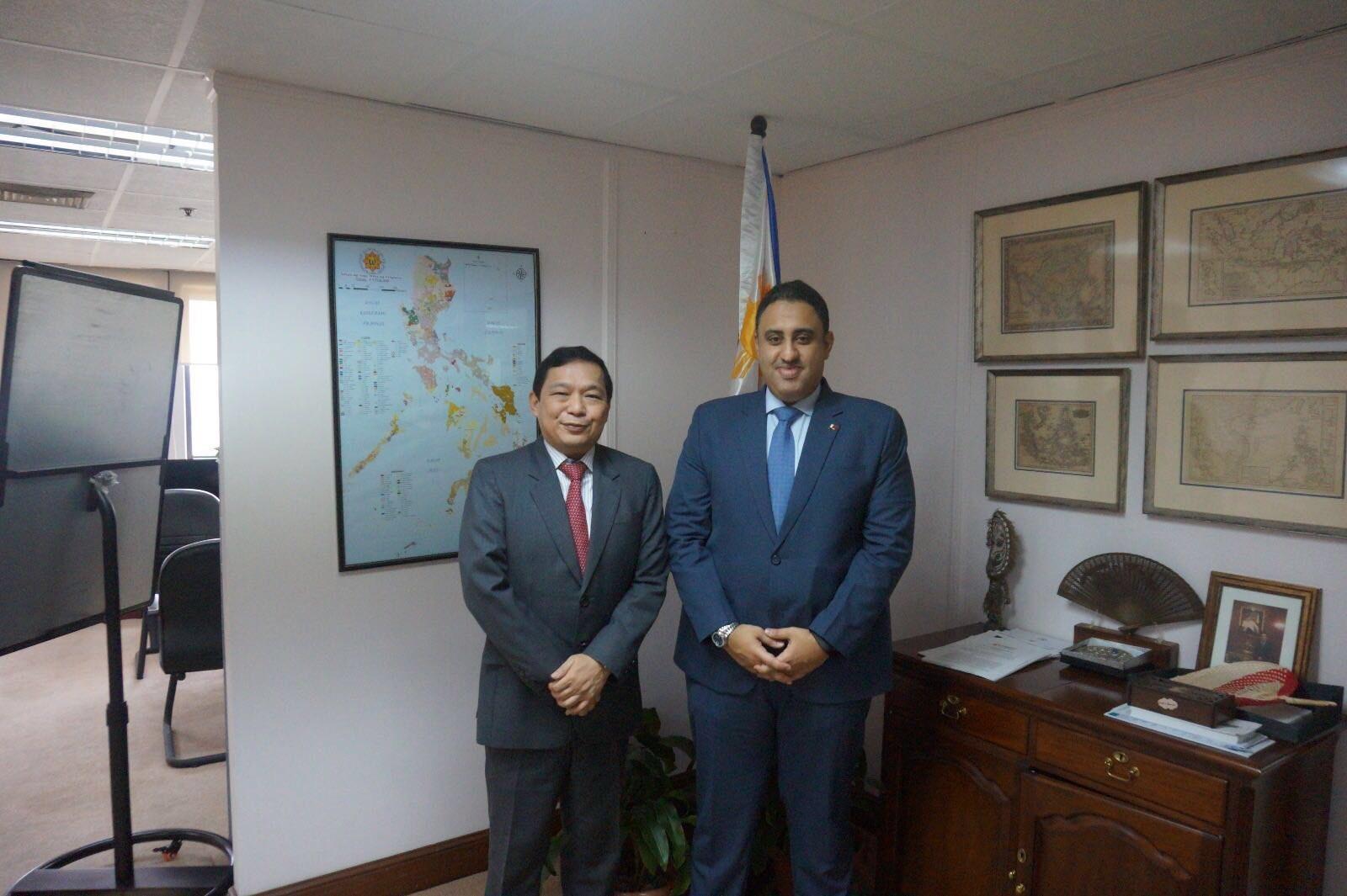 Philippine Undersecretary of State Meets Qatari Ambassador