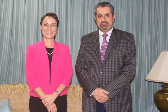 وزيرة خارجية جامايكا تجتمع مع سفير قطر