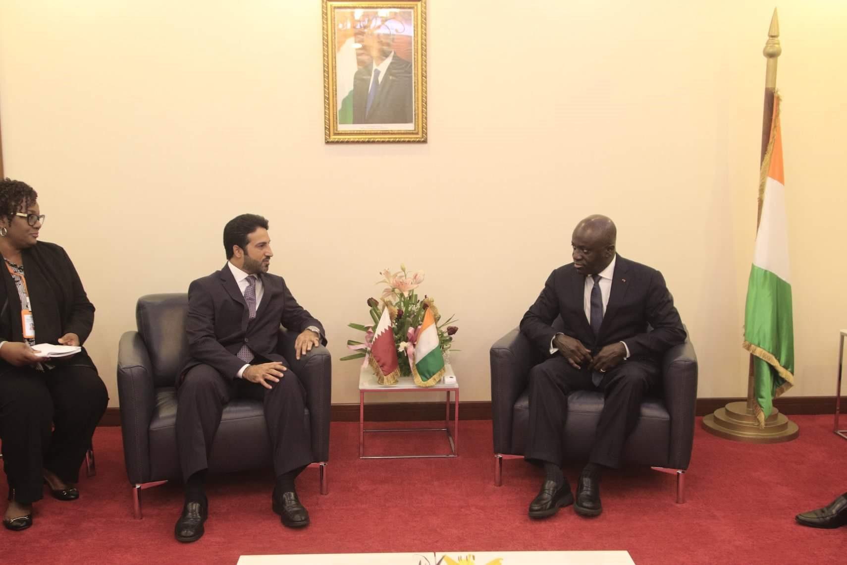 وزير خارجية ساحل العاج يتسلّم نسخة من أوراق اعتماد سفير قطر