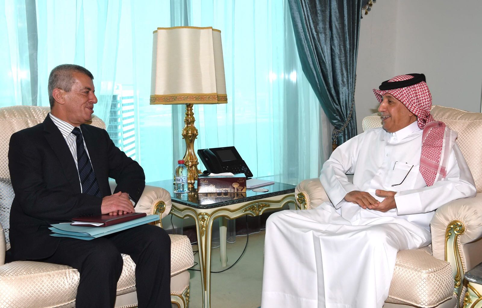 Minister of State for Foreign Affairs Meets Lebanese Ambassador