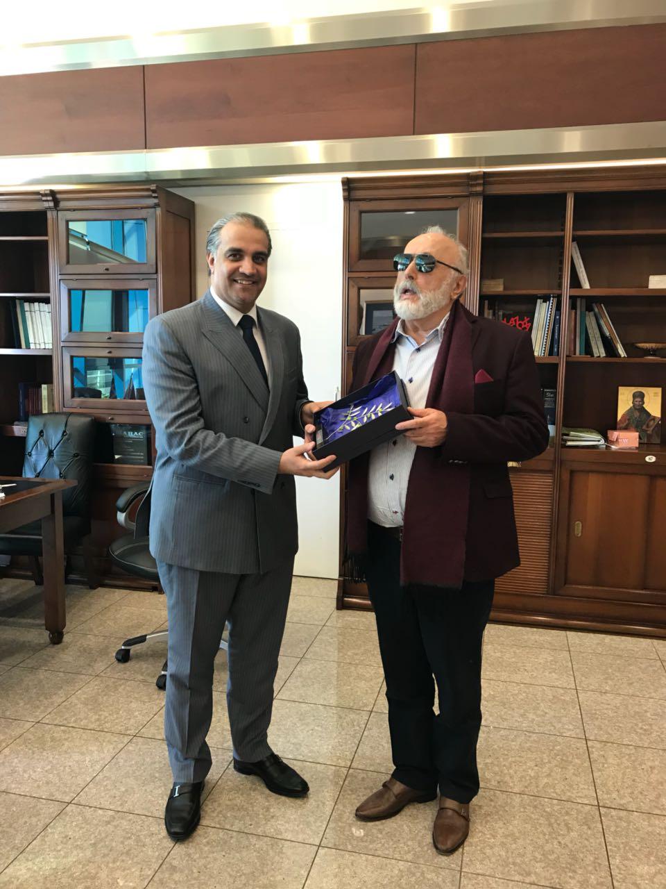 وزير الملاحة اليوناني يجتمع مع سفير قطر