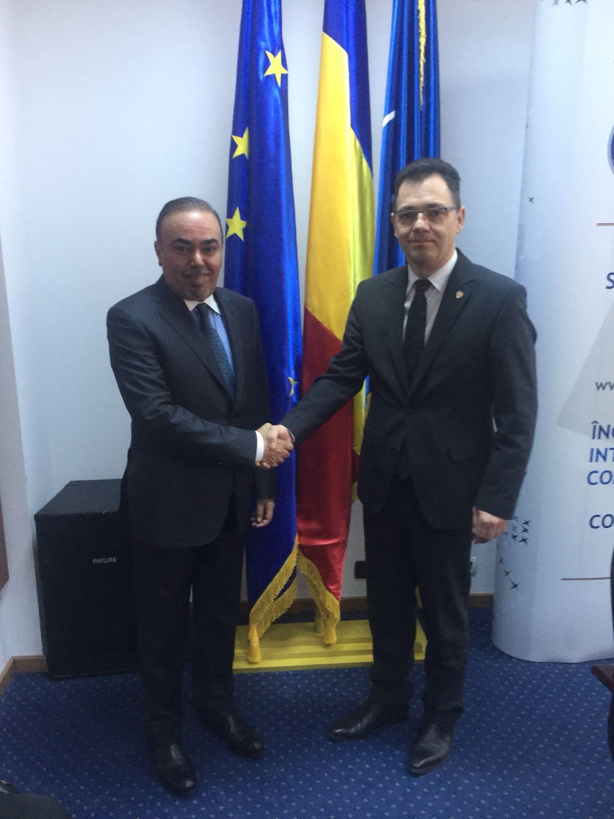 وزير بيئة الأعمال والتجارة الروماني يجتمع مع سفير قطر
