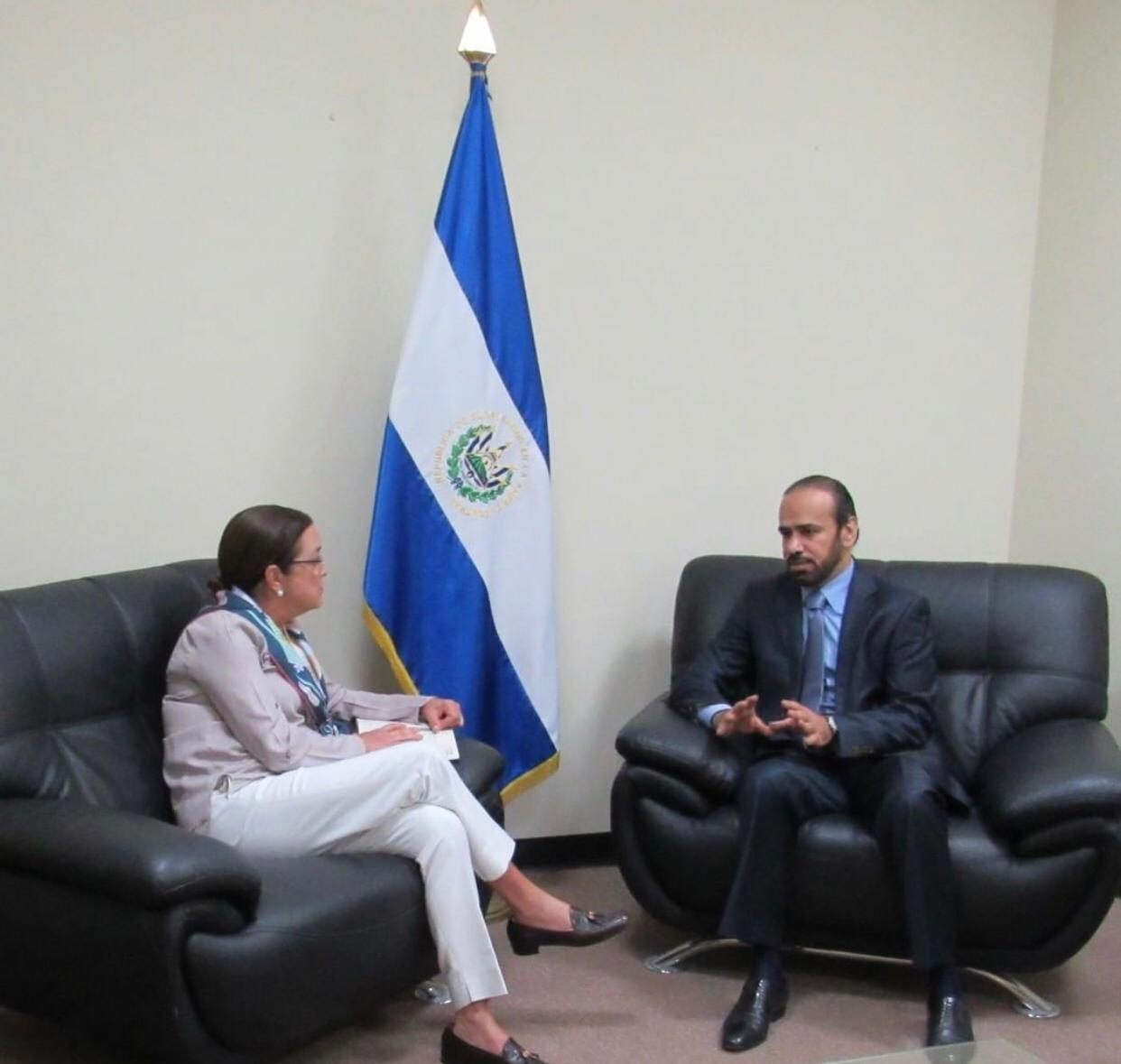 رسالة من نائب رئيس مجلس الوزراء وزير الخارجية إلى وزيرة العلاقات الخارجية بجمهورية السلفادور