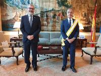 King of Spain Grants Former Ambassador of Qatar High-Level Decoration