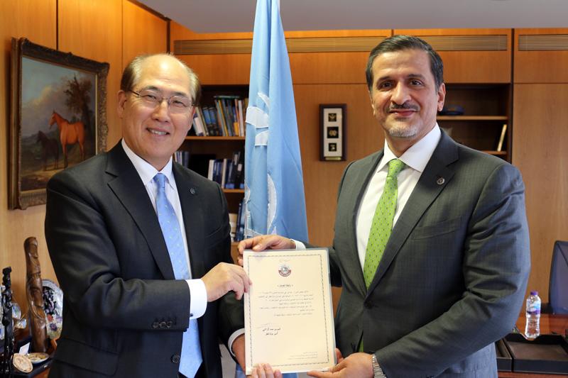 الأمين العام للمنظمة البحرية الدولية يجتمع مع سفير قطر لدى المملكة المتحدة