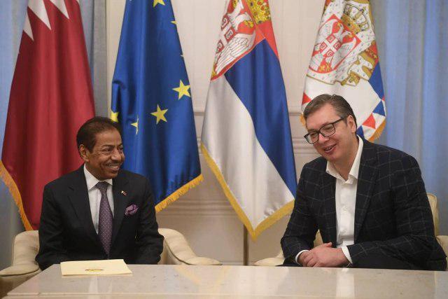 رئيس صربيا يستقبل سفير قطر