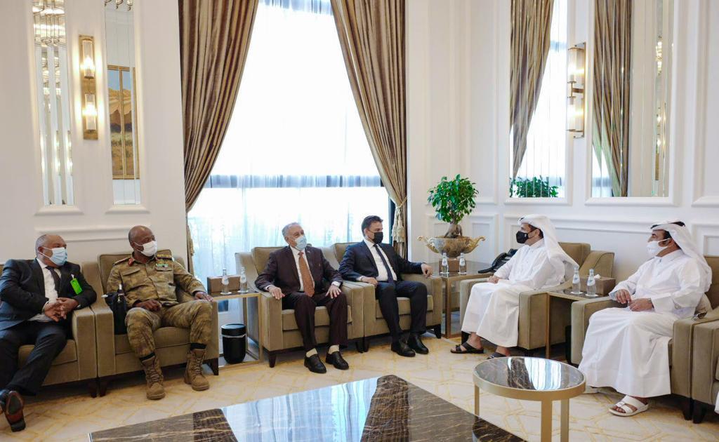 نائب رئيس مجلس الوزراء وزير الخارجية يجتمع مع وزير الدفاع بحكومة الوفاق الوطني الليبية
