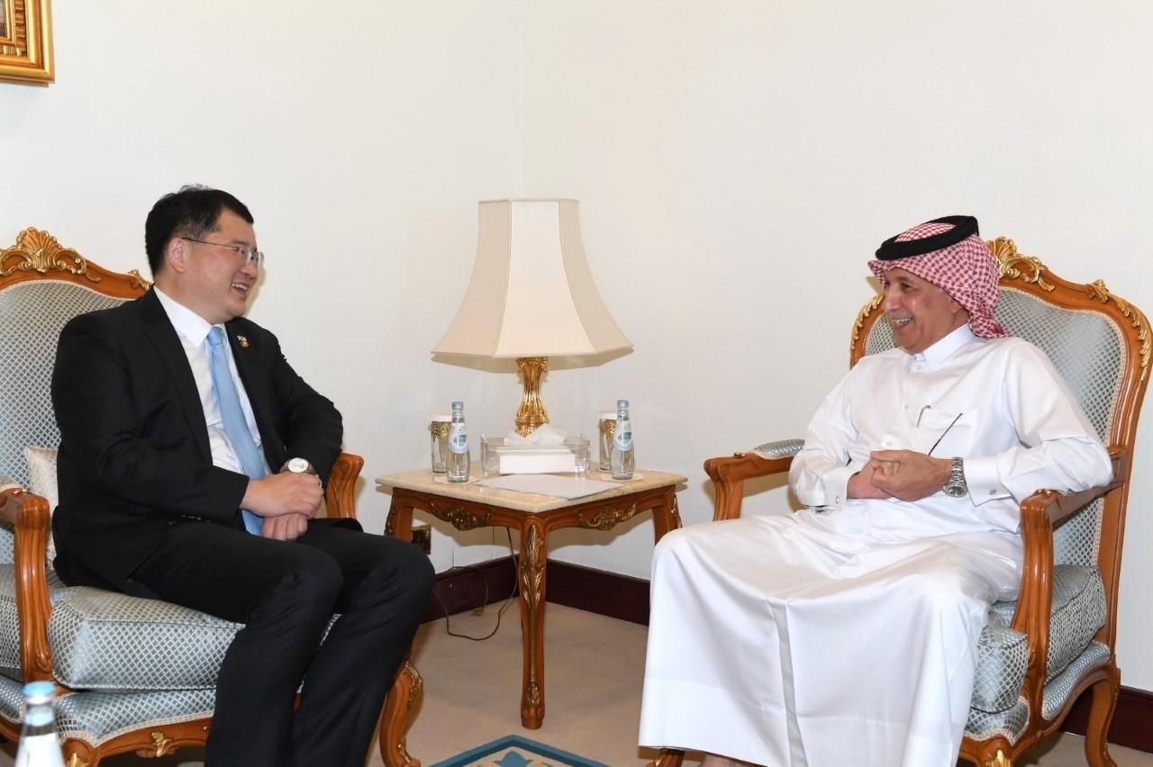 وزير الدولة للشؤون الخارجية يجتمع مع النائب الأول لوزير خارجية جمهورية كوريا