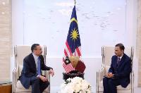 Malaysia Minister of Foreign Affairs Meets Ambassador of The State of Qatar