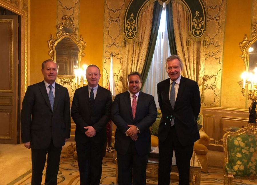 المستشار الدبلوماسي للحكومة الفرنسية يجتمع مع سفير دولة قطر
