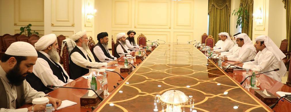 المبعوث الخاص لوزير الخارجية يجتمع مع رئيس الفريق التفاوضي لطالبان