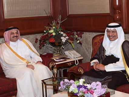 رئيس مجلس الوزراء الكويتي يستقبل سعادة وزير الخارجية