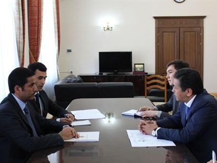 النائب الأول لرئيس وزراء قيرغيزيا يلتقي سفيرنا