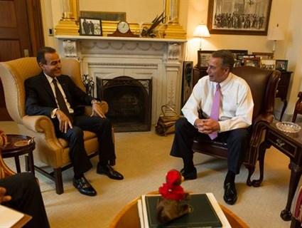رئيس مجلس النواب الأمريكي يستقبل سفيرنا
