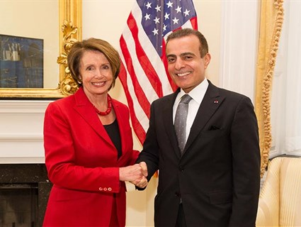 رئيسة الأقلية الديمقراطية بمجلس النواب الأمريكي تستقبل سفيرنا