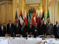HE FM Participates in GCC Meeting with US Secretary of State