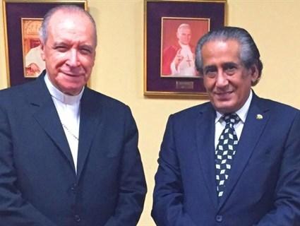 Head of Dominican Archbishop Meets Qatar's Ambassador